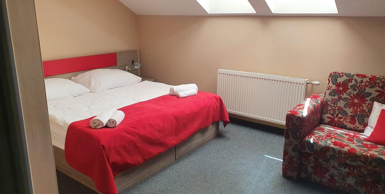 2ložkova s manželskou postelou3